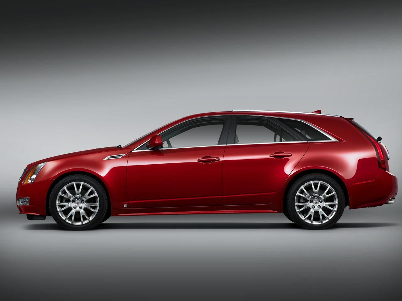 2010 Cadillac CTS Sport Wagon Takes Driving to the Next Level