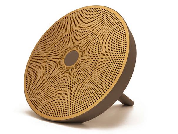 EOps-i24R3-Portable-speaker-1