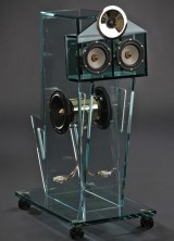 """Perfect8"" – 5.1 Glass Speaker System for Real Audio Pleasure"