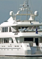Megayacht Aquasition Now With $1,000,000 Less Price