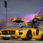 Mercedes SLS AMG Gullwing 'Desert Gold' Shining at Dubai Motor Show