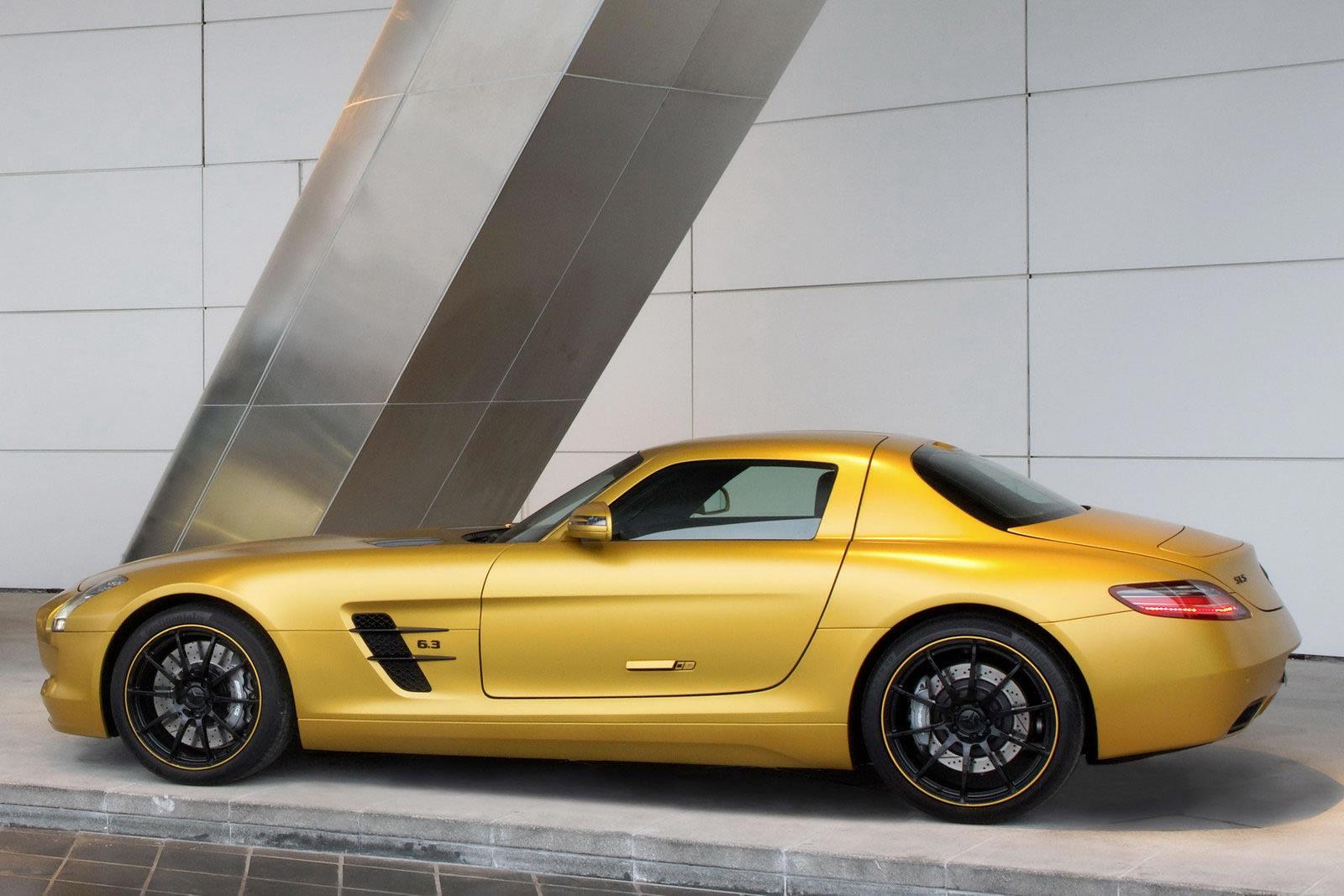 Mercedes-SLS-AMG-Desert-Gold-3