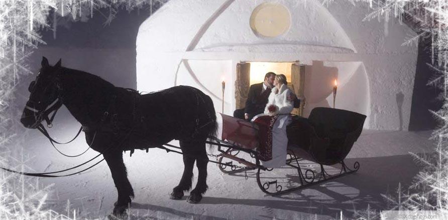 Hotel-de-Glace---Ice-Hotel-in-Quebeck,-Canada-3