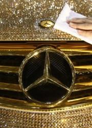 Mercedes-Benz SL600 – Luxury Crystal Benz Covered by 300,000 Swarovski Crystal