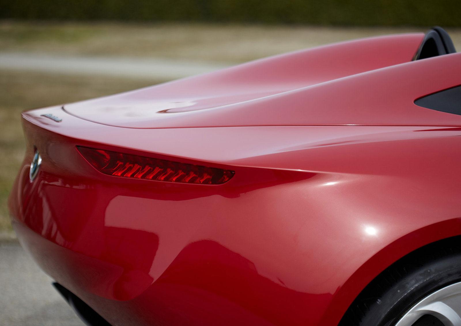 2011 Alfa Romeo 2uettottanta
