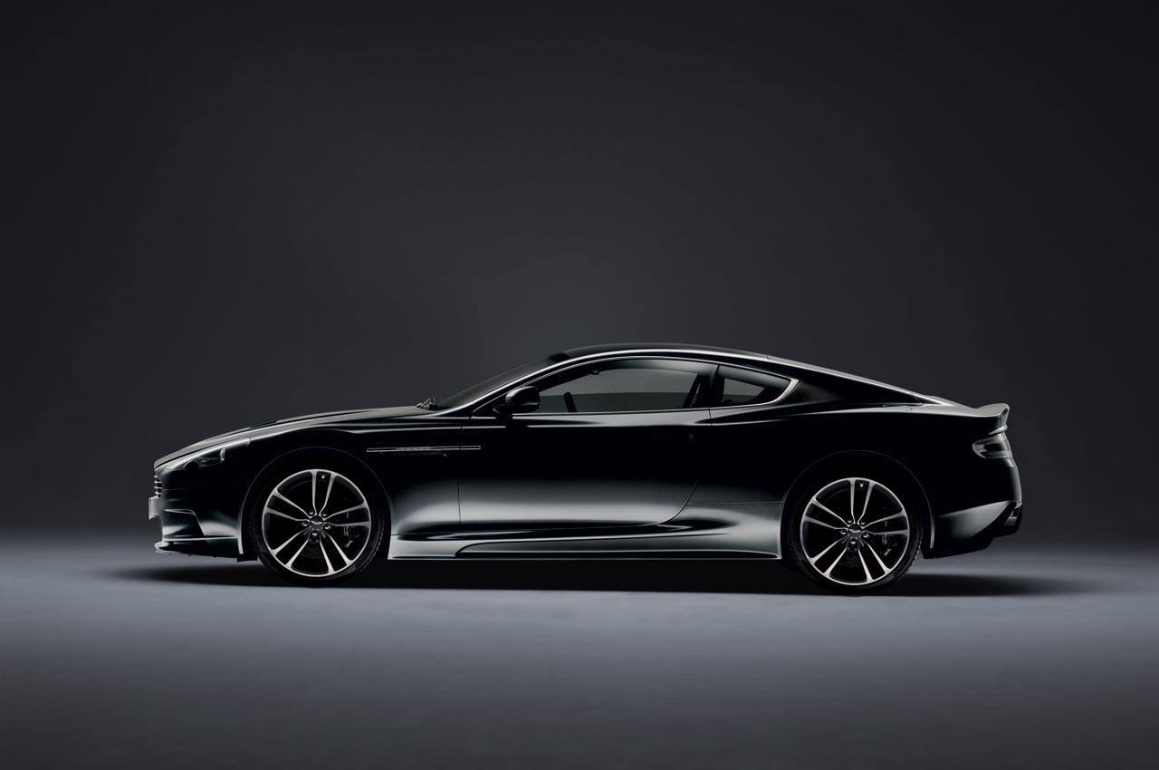 Aston-Martin-DBS-Carbon-Black-Edition-1