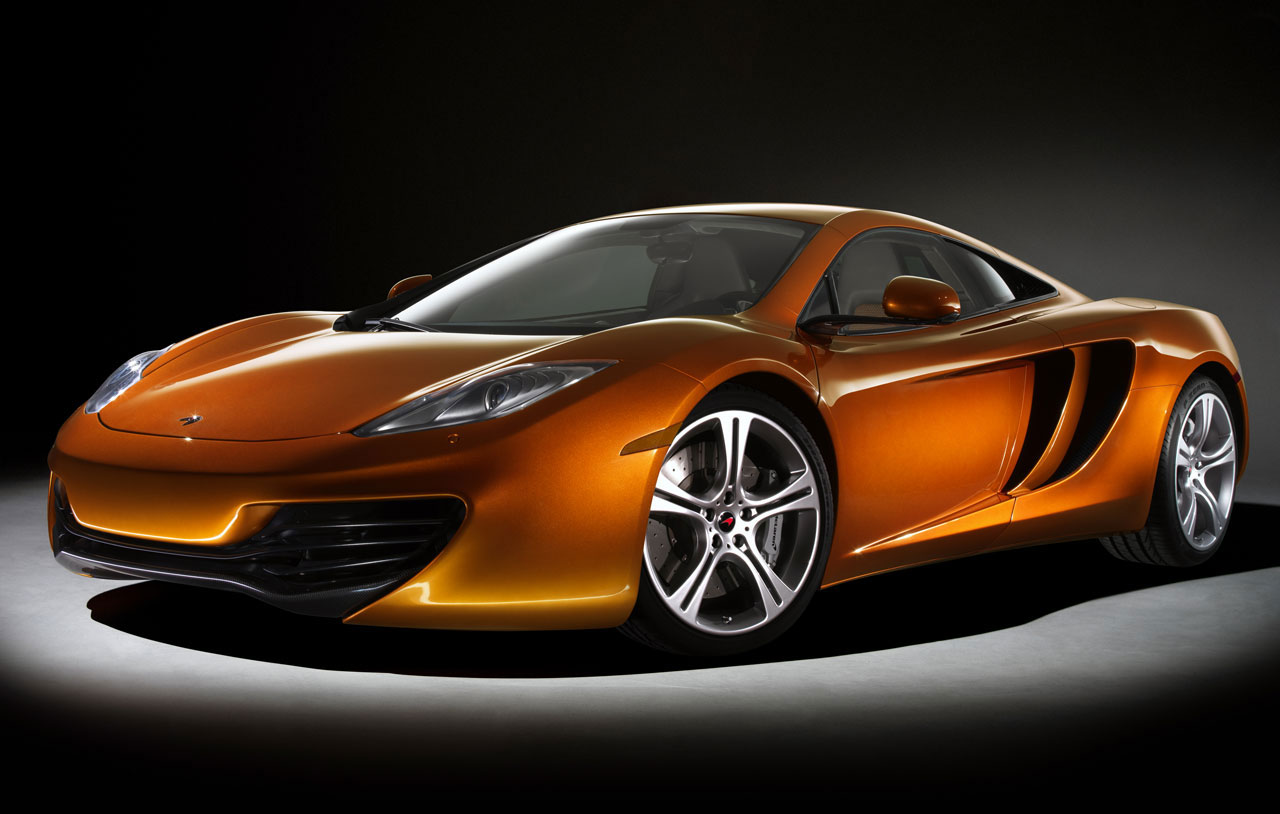 mclaren mp4 12c to roll out 200 mph extravaganzi. Black Bedroom Furniture Sets. Home Design Ideas