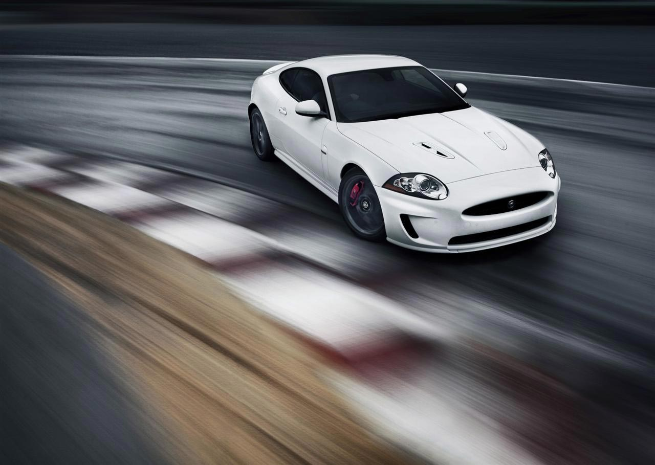 2010-Jaguar-XKR_Black-Pack-Image-01-1280