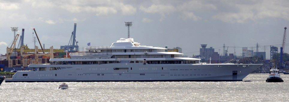 World's Largest Yacht Eclipse Land in Roman Abramovich's Fleet
