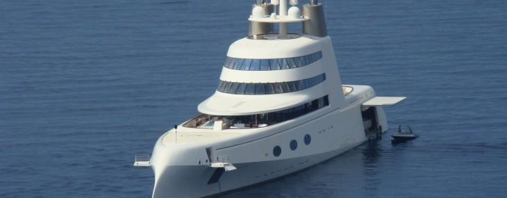 Philippe-Starck-megayacht-1