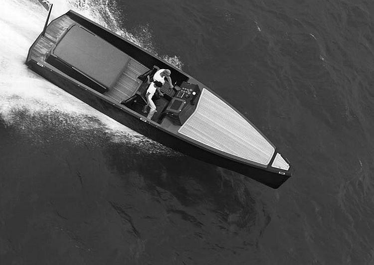 C-12 Carbon Fiber Jet Boat