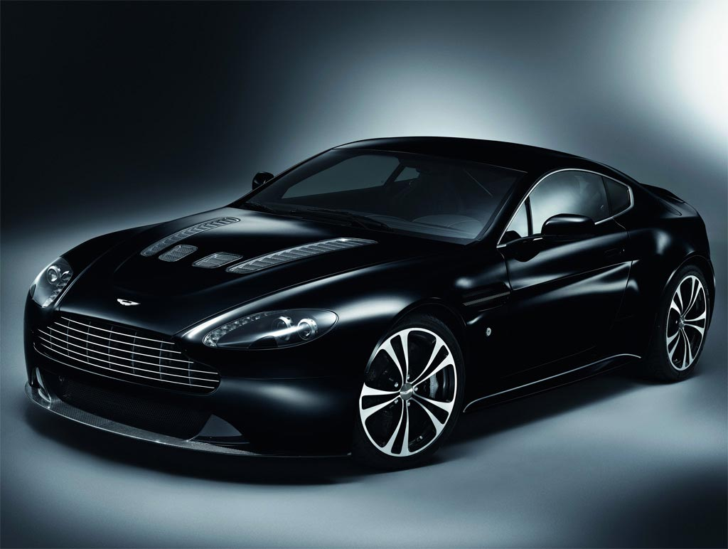 aston martin v12 vantage coming to united states extravaganzi. Black Bedroom Furniture Sets. Home Design Ideas