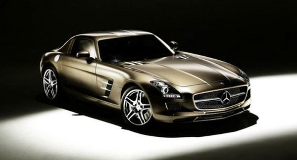 The Bang & Olufsen BeoSound AMG Gives Mercedes-Benz SLS AMG Occupants a Very Special Hi-Fi Experience