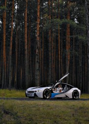 BMW-M8-hybrid-sports-car-10