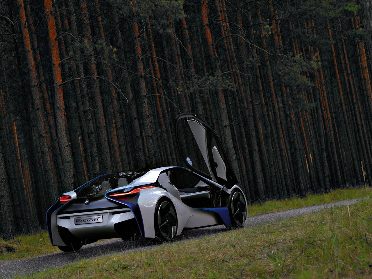 Hybrid Sports Car Based On Vision