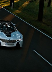 BMW-M8-hybrid-sports-car-7