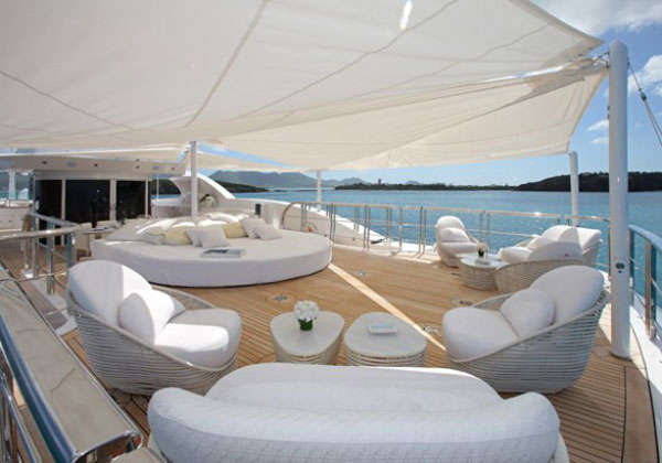 Lady lara yacht exceptional synergy of italian style and for Interior design di casa di lusso
