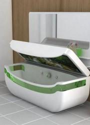 Whirlpool Bath Tub & Washbasin Unit – A Bathroom Located in Your Room