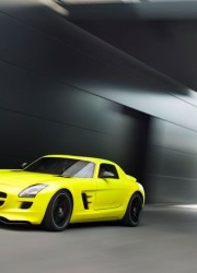 mercedes-benz-sls-amg-e-cell-prototype-driver-side-three-quarters