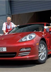 25,000th Porsche Panamera Rolled of the Production Line