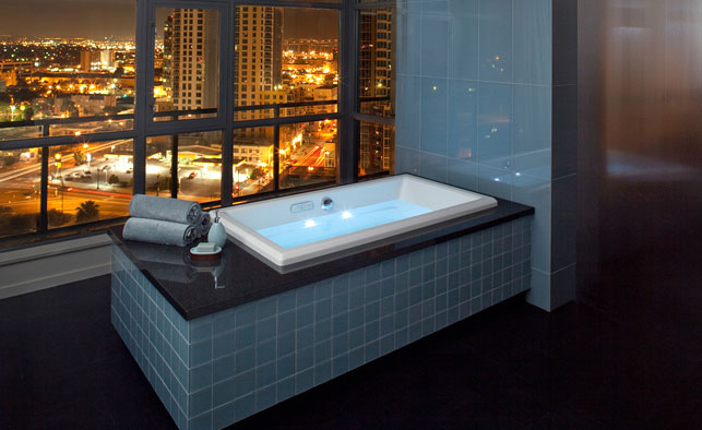 New Luxury Jacuzzi Bathtubs Offer Hydrotherapy And