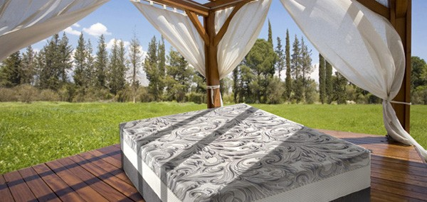 Jacuzzi-Luxury-Bedding-Products-1