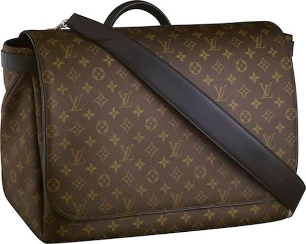 Louis Vuitton's Mens Fall/Winter 2010-2011 Bag Collection - Macassar Messenger GM