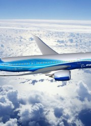 Boeing 787 Dreamliner Arrived at Farnborough Airshow