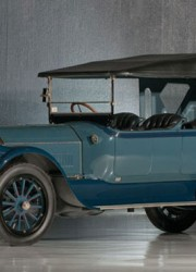 1917 Pierce Arrow Model 66 A-4 Seven Passenger Touring