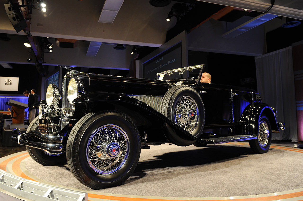 RM Auction – 14 Cars Break Million Dollar Mark