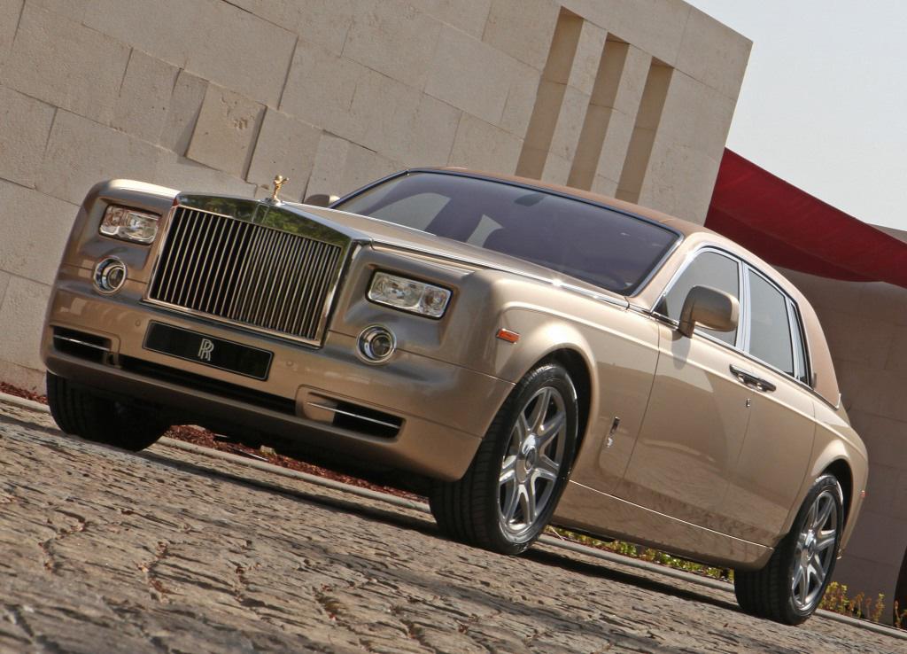 Rolls-Royce Phantom Abu Dhabi Edition - eXtravaganzi
