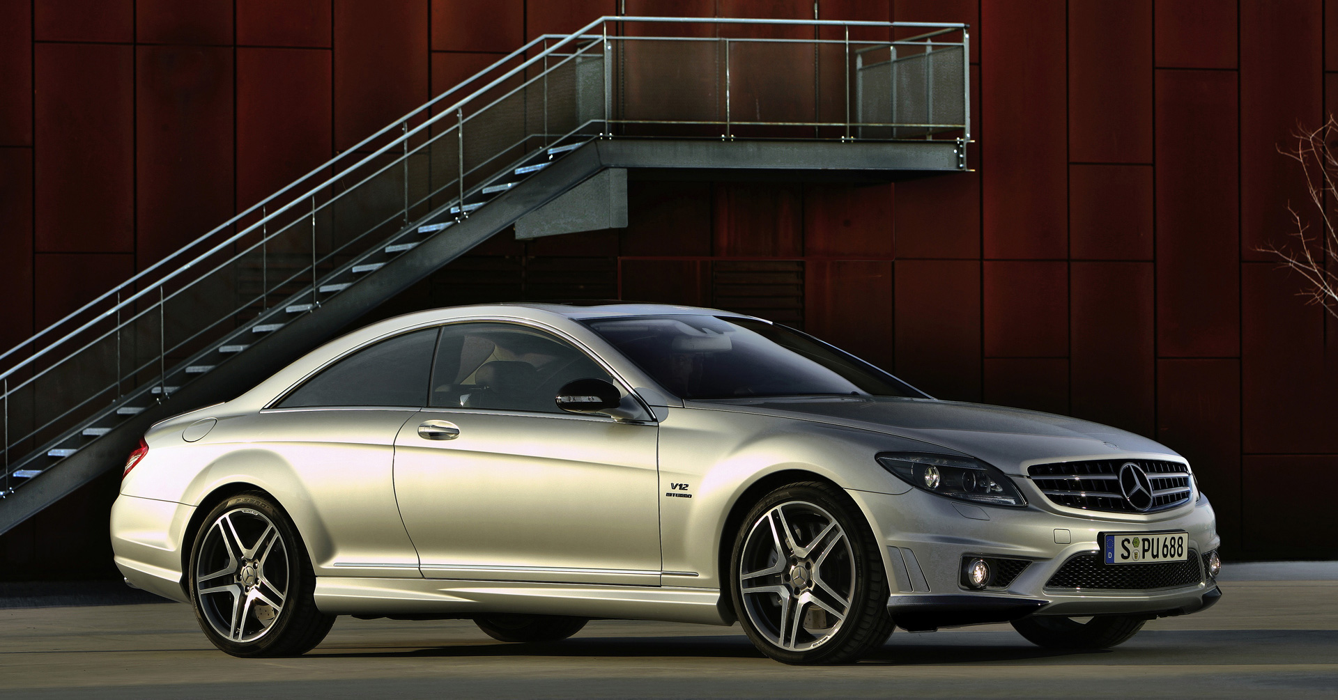 2011 mercedes cl63 and cl65 amg sport coupes offers. Black Bedroom Furniture Sets. Home Design Ideas