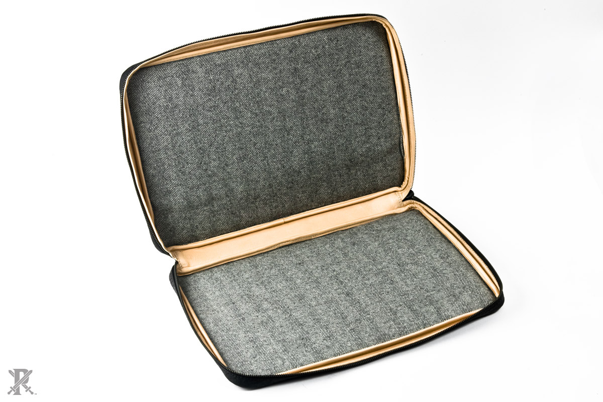 Parabellum Bison and Kevlar Laptop Case