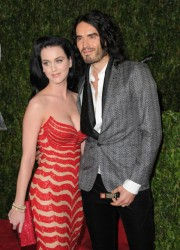 Love Has no Boundaries – Katy Perry Send Russell Brand to Space