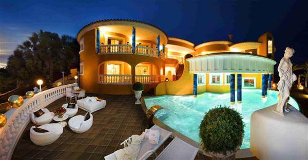 Luxury villa colani on majorca island for sale on ebay extravaganzi - Villa colani ...