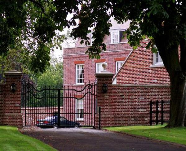 David and Victoria Beckham's Beckingham Palace