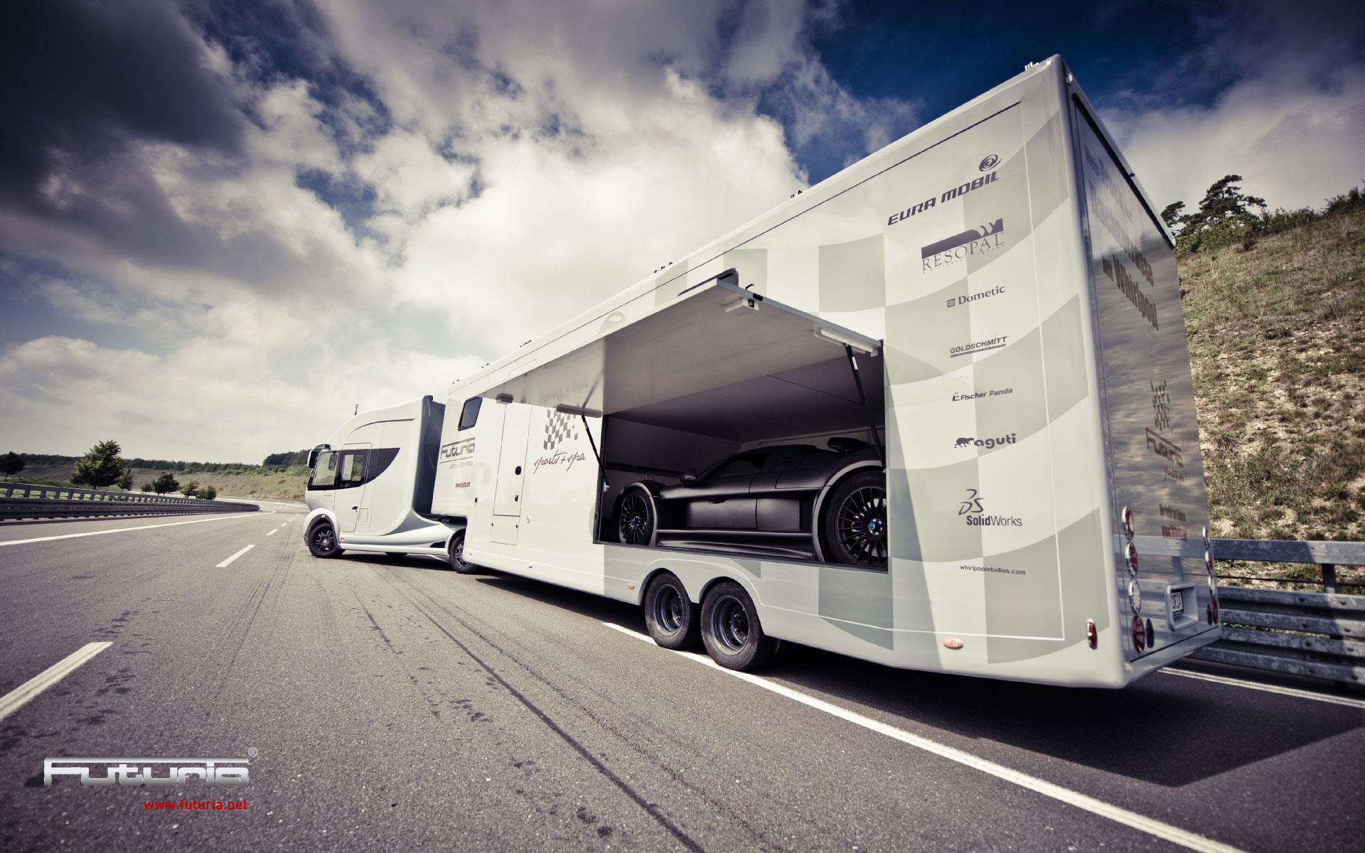Futuria Sport+Spa Caravan