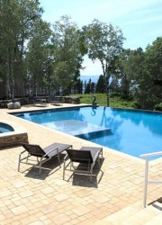 Nautilus-Island-Heated_pool_and_spa_with_views_to_Penobscot_Bay
