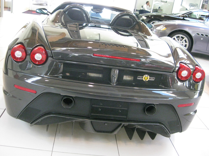 One-off Carbon Fiber Ferrari Scuderia Spider 16M