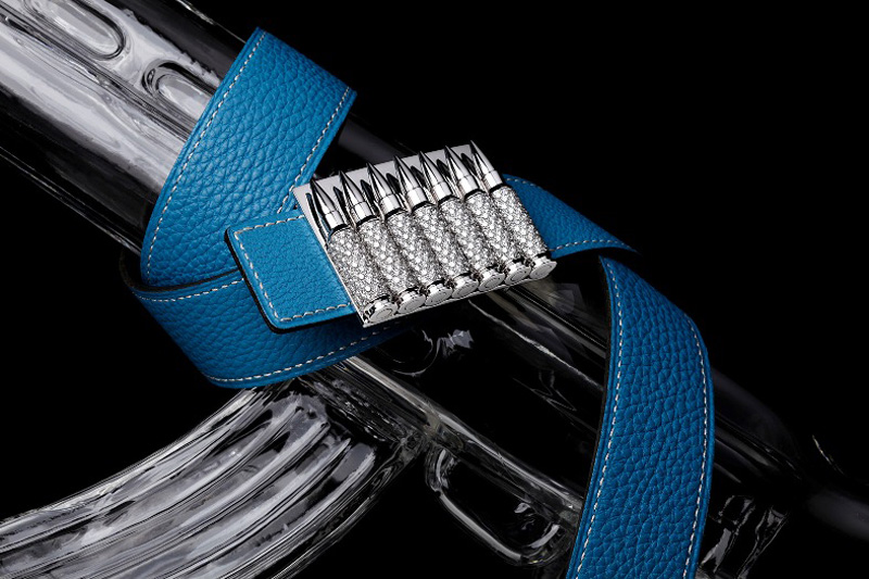 Akillis&#8217; Diamond-encrusted Alligator Leather Belt