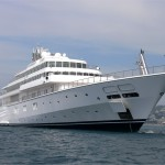 David Geffen Buys Out Larry Ellison to Seize Control of Rising Sun, World's Sixth Largest Yacht