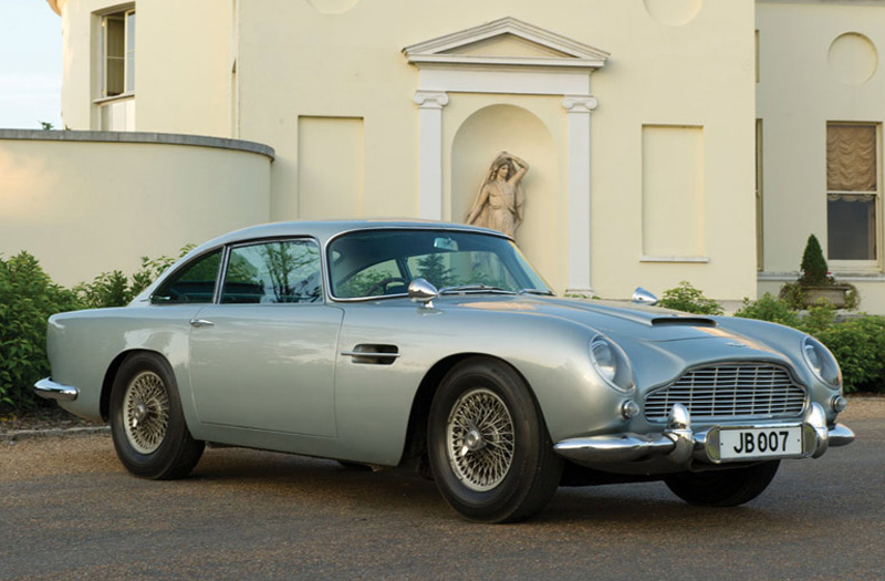 James Bond's 1964 Aston Martin DB5 Sold for £2,6 Million