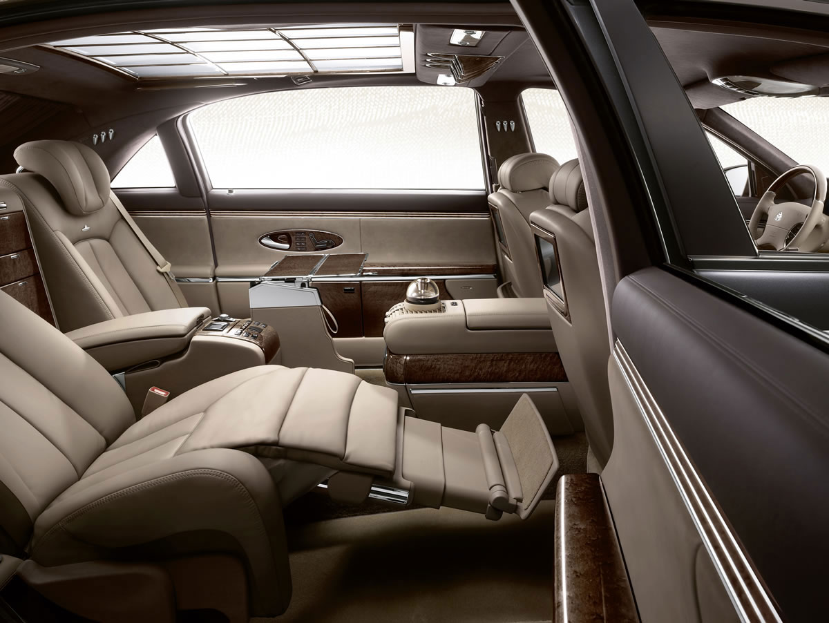 Maybach Reveals Updated Range for 2011 at Paris Motor Show