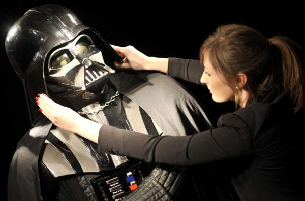Original-Darth-Vader-costume-2