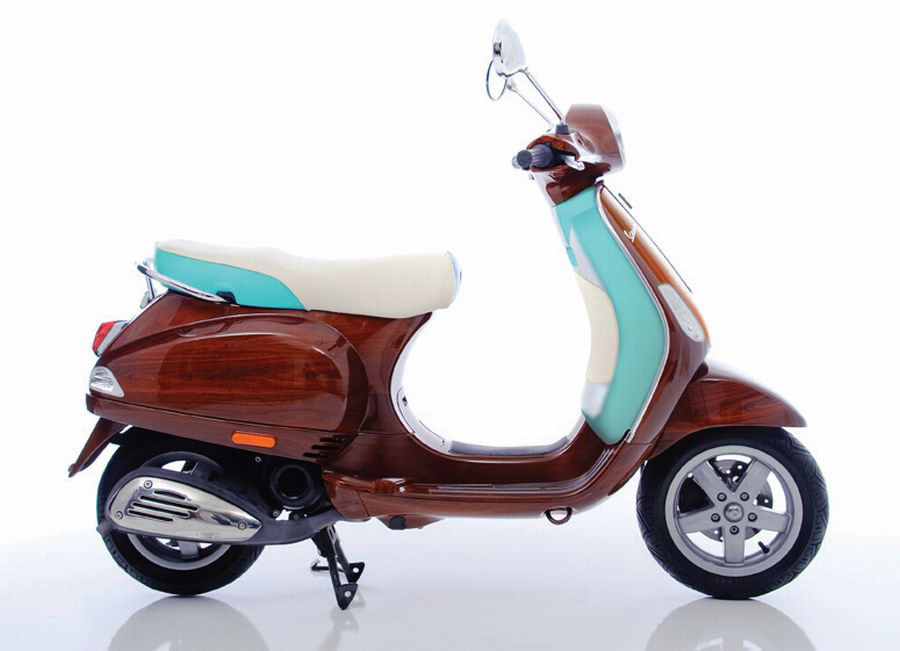 Digital Veneer's Limited Edition Tribute Vespa