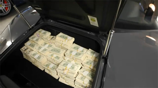 Wondering How Many Cash Can Fit in the Lamborghini Murcielago?