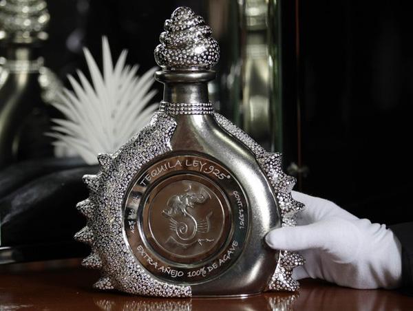 Hacienda La Capilla Tequila in The Diamond Sterling Bottle