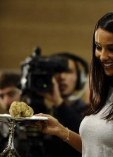 Italian Giant Truffle Sold for €105,000