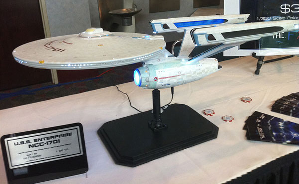 Limited-Edition-Star-Trek-The-Motion-Picture-Enterprise-1