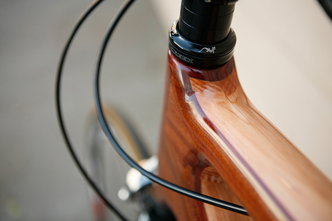 Renovo R4 Pursuit Wooden Bike